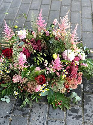 Begravelseskrans pink